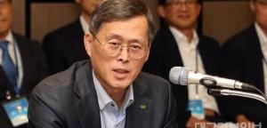 사진3. 한수원-두산중공업 협력사 상생 간담회_정재훈 한수원 사장.jpg